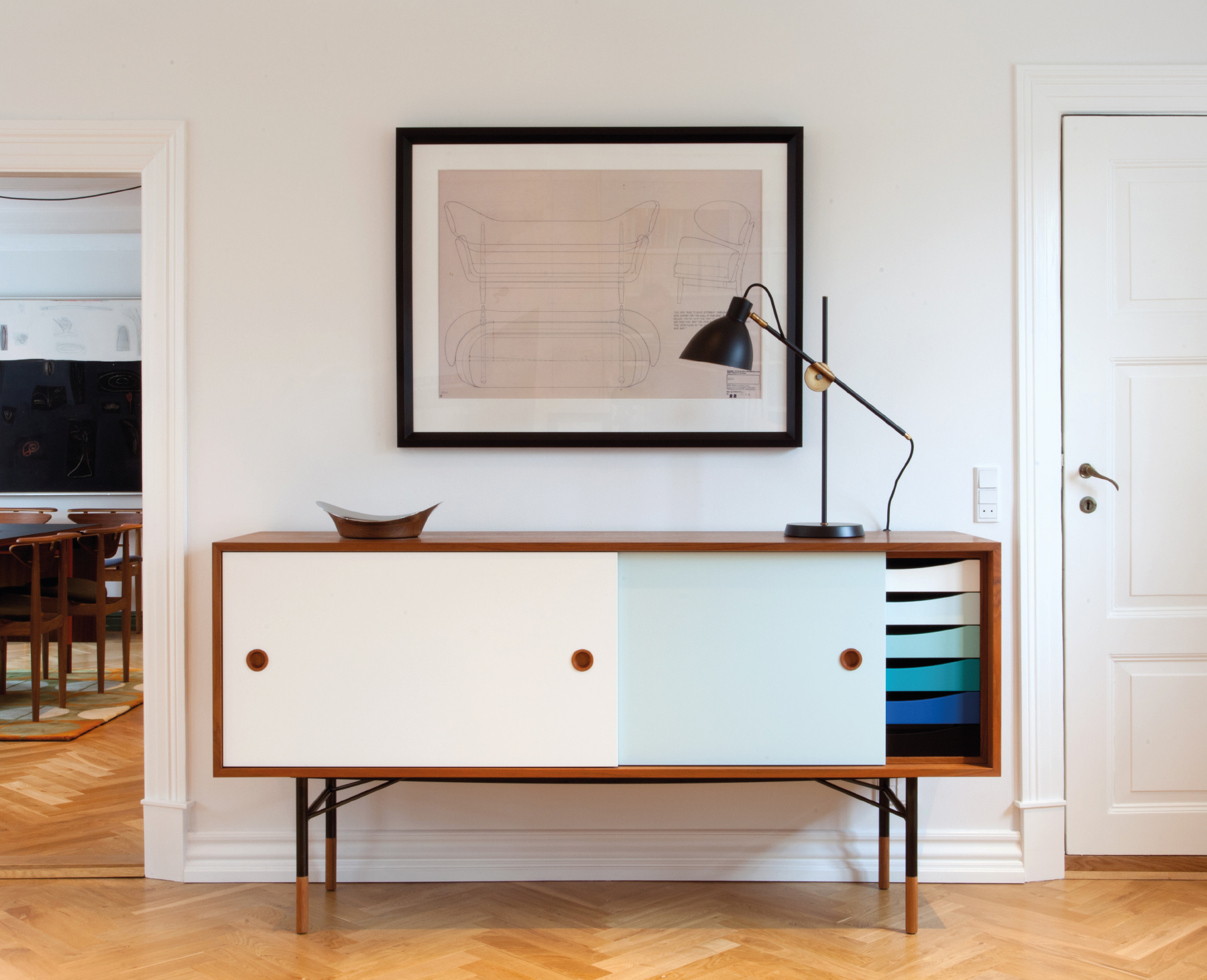 1-Sideboard-with-Tray-Unit